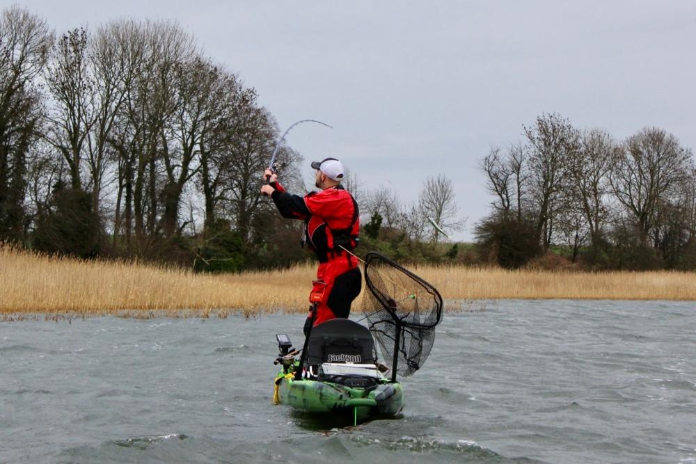 10 Beginner Kayak Fishing Questions