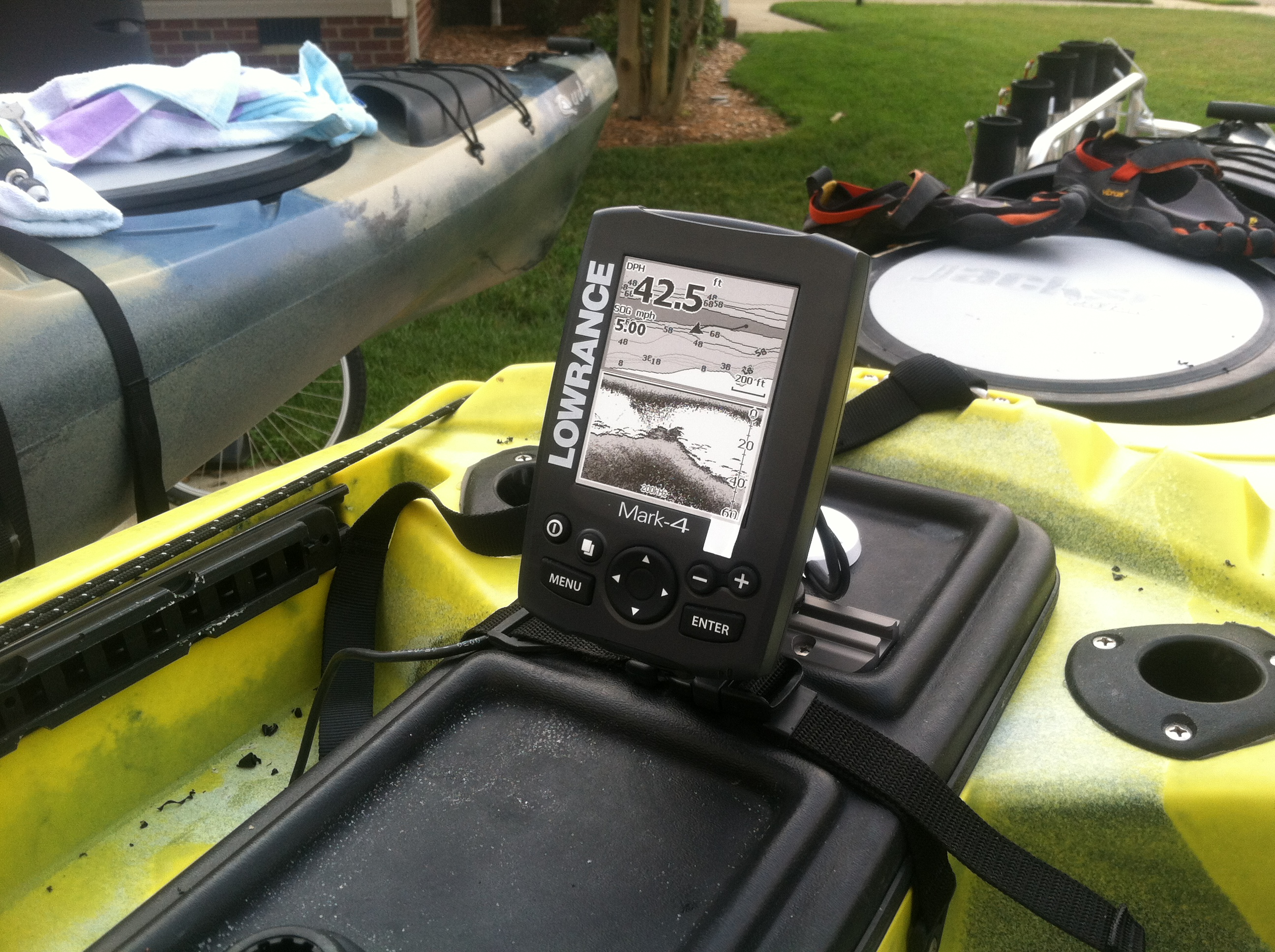 Part ii installing a fish finder for Fish finder on kayak