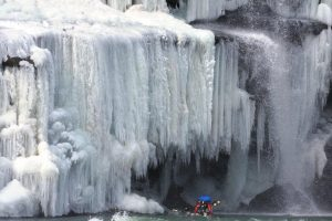 ice-photos-rock-island-037