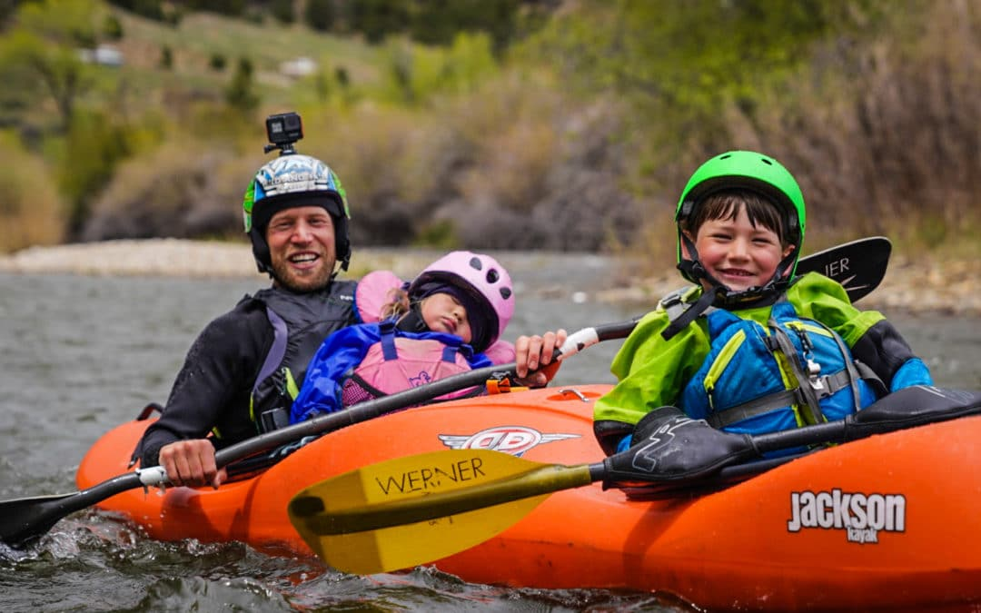 How to teach kids to kayak 3/5: Using a Dynamic Duo